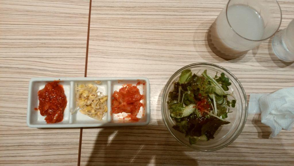 東京純豆腐大阪マルビル店の3種盛り