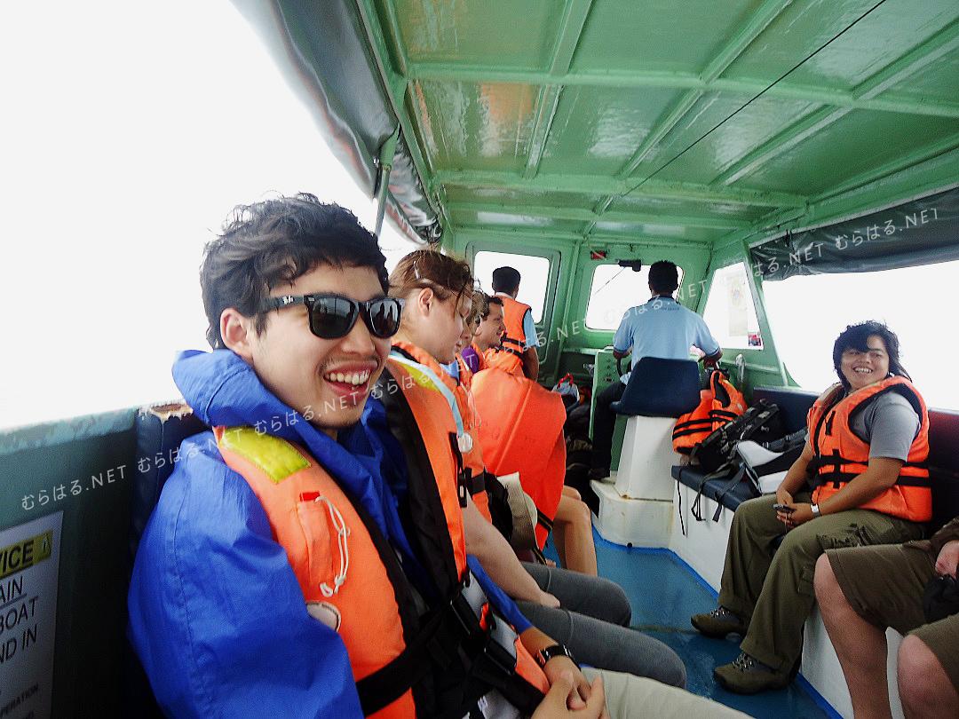 ボートの中
